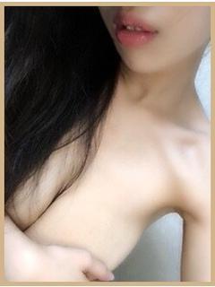 ひな(20)