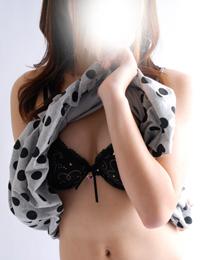 ミリア(21)